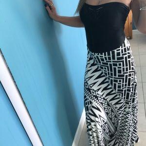 Chico's Ikat Maxi Skirt 🖤